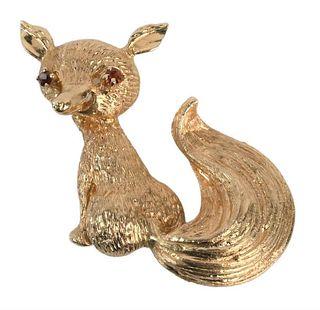 14 Karat Gold Fox Brooch, having red eyes, signed LJ, height 1 7/8 inches, 13.1 grams.