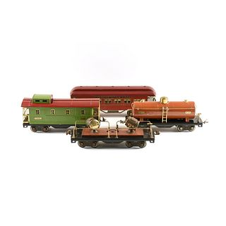 A GROUP OF FOUR VINTAGE LIONEL TRAIN CARS, 430, 515, 517, 520, 1920s-1930s,