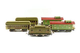 A GROUP OF FIVE VINTAGE LIONEL TRAIN CARS, 8E, 337, 338, 517, CIRCA 1925-1935,