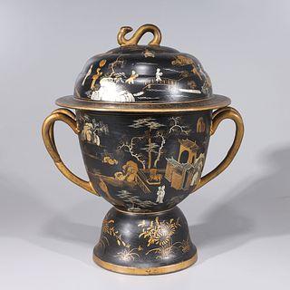 Chinese Enameled Porcelain Imitating Lacquer Vase