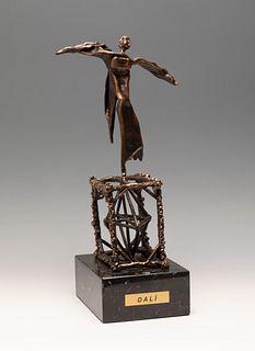 "SALVADOR DALÍ I DOMÈNECH (Figueres, Girona, 1904 - 1989). ""Gala Gradiva"", 1970. Bronze, copy 124/250. Signed. Enclosed publisher's certificate."
