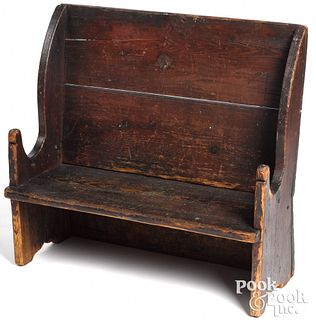 New England pine settle bench, early 19th c.