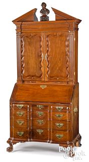 Massachusetts Chippendale mahogany secretary desk