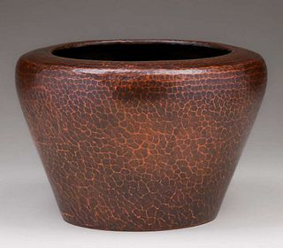Stickley Brothers#249 Hammered Copper Jardiniere c1910