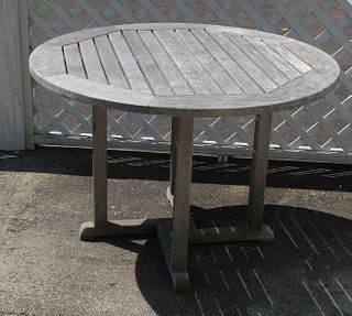Kingsley Bate Essex Style Outdoor Table