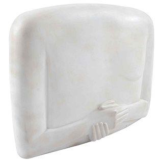 XAWERY WOLSKI, Torso con manos cruzadas, Firmada y fechada 2000. Escultura en terracota, 46 x 62 x 24 cm, Con constancia | XAWERY WOLSKI, Torso con ma