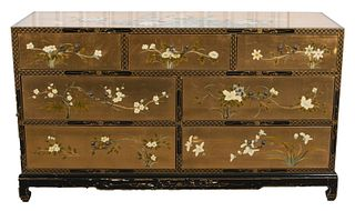 Chinoiserie Lacquer Dresser / Chest of Drawers
