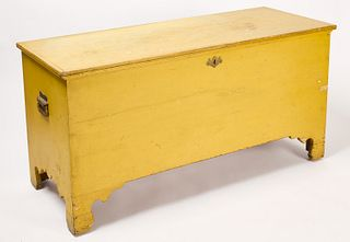 Blanket Chest in Old Yellow Paint