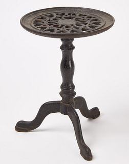 Iron trivet with Hearts
