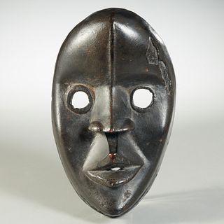 Dan Peoples, tribal mask, ex-museum