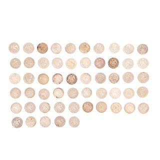 """Colección de Monedas de Ocho Reales """"Resplandor"""" y Un Peso """"Balanza"""". México, 1844 - 1899. Diversas cecas. Piezas: 55."""