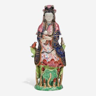A Chinese export porcelain famille rose-decorated figure of Guanyin and child 粉彩出口瓷观音送子 Qing Dynasty 清