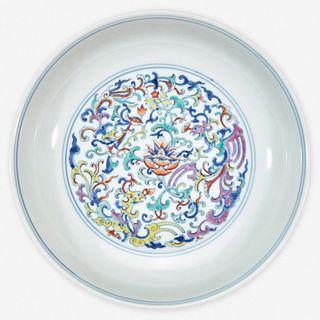 "A Chinese doucai-decorated porccelain ""Phoenix"" dish 斗彩凤纹盘 Qianlong six-character seal mark 乾隆六字款"