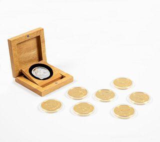 """Lote de monedas. Consta de: Moneda. SXX. Elaborada en plata procedente del naufragio del barco """"EL CAZADOR"""" en 1784. Piezas: 8"""