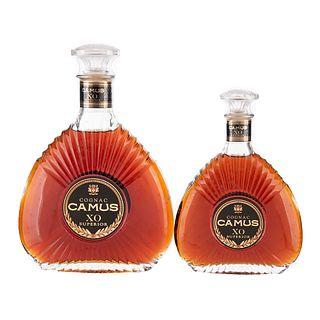 Camus. X.O. Superior. Cognac. France. Uno en presentación de 350 ml. y uno de 750 ml. Piezas: 2.