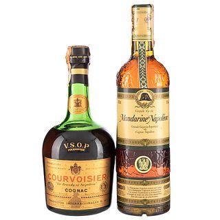 Lote de Cognac.  Courvoisier. V.S.O.P.  Mandarine Napoléon. Grande Liqueur. En presentaciones de 700 ml. y 750 ml.Total de Piezas: 2.