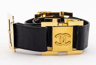Chanel Black Leather & Gold-Tone Link Belt