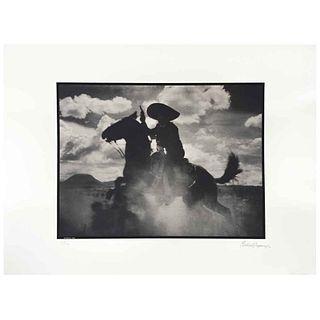 GABRIEL FIGUEROA, Pueblerina 1948, Firmada y fechada 90, Fotoserigrafía 8/300, 56 x 76.5 cm, con sello. | GABRIEL FIGUEROA, Pueblerina 1948, Signed an