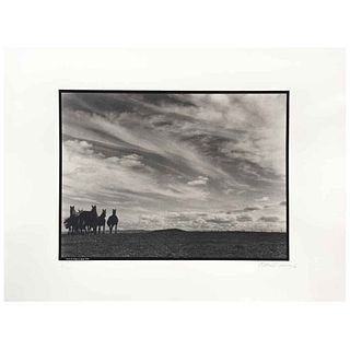 GABRIEL FIGUEROA, Tierra de fuego se apago, 1946, Firmada y fechada 90, Fotoserigrafía 8/300, 56 x 76.5 cm, con sello. | GABRIEL FIGUEROA, Tierra de f