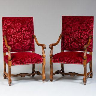 Pair of Louis XIV Style Carved Beechwood Fauteuils à la Reine