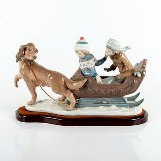 Sleigh Ride 1005037 - Lladro Porcelain Figurine with Base