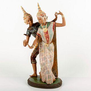 Thailandia 1012058 - Lladro Porcelain Figurine