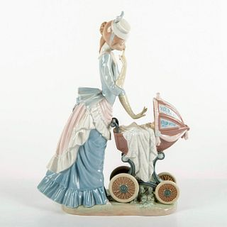 Baby's Outing 1004938 - Lladro Porcelain Figurine