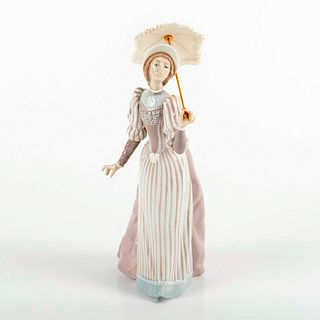 English Lady 1005324 - Lladro Porcelain Figurine