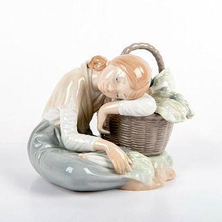 Green Grocer 1001087 - Lladro Porcelain Figurine