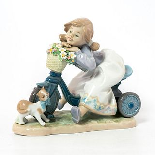 In No Hurry 1005679 - Lladro Porcelain Figurine