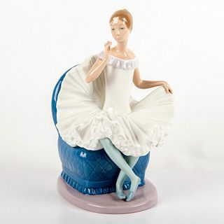 Nao By Lladro Porcelain Figurine, Ballerina With Flower