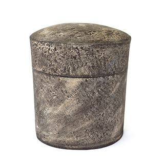 Oval Box with Mill Wall Texture