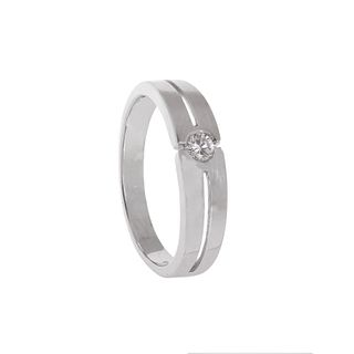 Ring made in 18 kts. white gold, with a central brilliant cut diamond with a total approximate weight of 0.15 cts