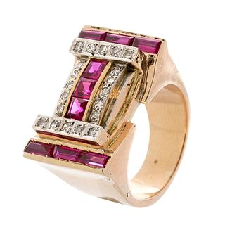 Chevalier ring in 18kt yellow gold and platinum settings