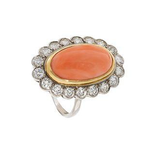 Ring in 18 carat white gold