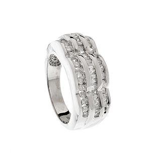 Chevalier ring in 14 kt white gold