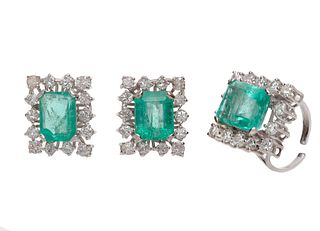 Set of emerald and diamond ring and earrings.