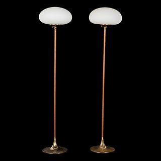 Pr: Laurel Lamp Co. Lamps