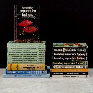 Lote de 23 Libros sobre Peces de Acuario. Breeding Aquarium Fishes / Liverbearing Fishes / The Cichlid Aquarium...