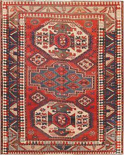 ANTIQUE CAUCASIAN KAZAK RUG. 6 ft 10 in x 5 ft 6 in (2.08 m x 1.68 m).