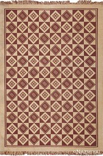 VINTAGE DOUBLE-SIDED REVERSIBLE SWEDISH KILIM. 9 ft 2 in x 6 ft 4 in (2.79 m x 1.93 m).