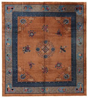 ANTIQUE CHINESE CARPET - No reserve. 10 ft 3 in x 9 ft 3 in (3.12m x 2.81m)