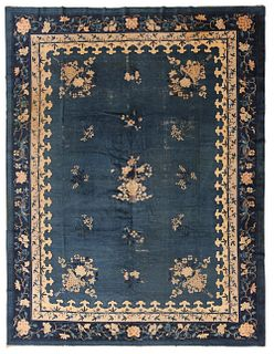 ANTIQUE CHINESE CARPET - No reserve. 11 ft 5 in x 8 ft 10 in (3.47m x 2.69m)