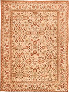 ANTIQUE INDIAN AGRA CARPET. 14 ft 7 in x 10 ft 9 in (4.44 m x 3.28 m ).