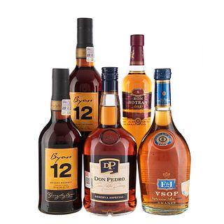 Lote de Brandy y Ron de México, Guatemala, España. E & J. Byass 12. En presentaciones de 375 ml., 700 ml., y 1 Lt. Total de piezas: 5.