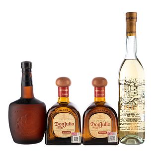 Lote de Tequila. Don Julio. El conquistador. Sauza Tres Generaciones. Total de Piezas: 4.