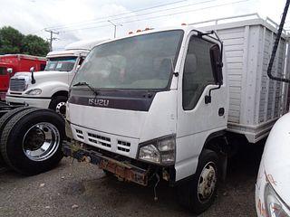 Camión Isuzu ELF450 2008