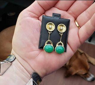 18 k Chrysoprase Earrings