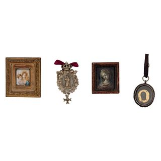 Lote de 3 miniaturas y medalla. SXIX. Virgen del sagrado corazón con Niño. Gouache sobre gutapercha. Otros. Piezas: 4