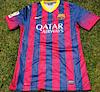 Camiseta del Barca de la última temporada de Puyol – Incluye firmas de Leonel Messi, Carles Puyol, Andrés Iniesta, Xavi Hernández y varios más.